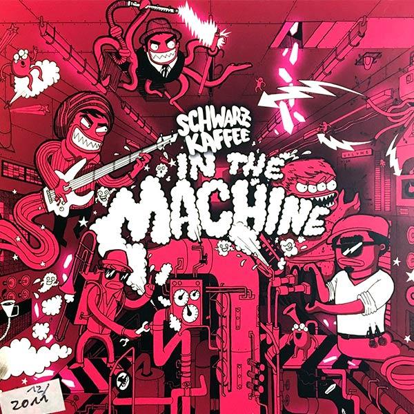 SCHWARZ KAFFEE : In the machine